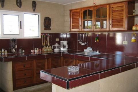 Cocina_de_la_Casa_Marla_donde_el_placer_se_hace_realidad_en_la_ciudad_de_La_Habana_en_Cuba