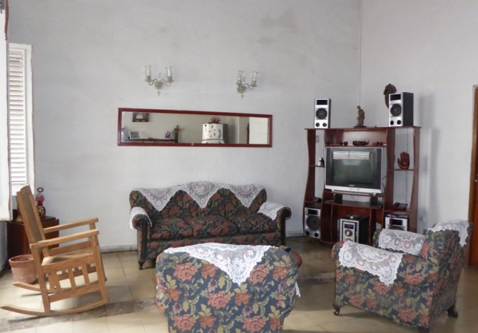 The_living_room_of_the_B&B_Casa_Doña_Rosa_in_the_city_of_Havana_in_Cuba